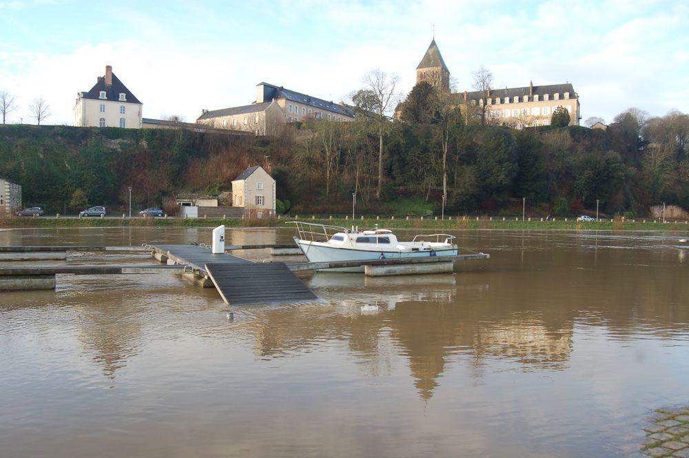 121221-hautes-eaux-chateau-gontier (18)