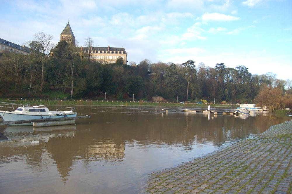 121221-hautes-eaux-chateau-gontier (19)