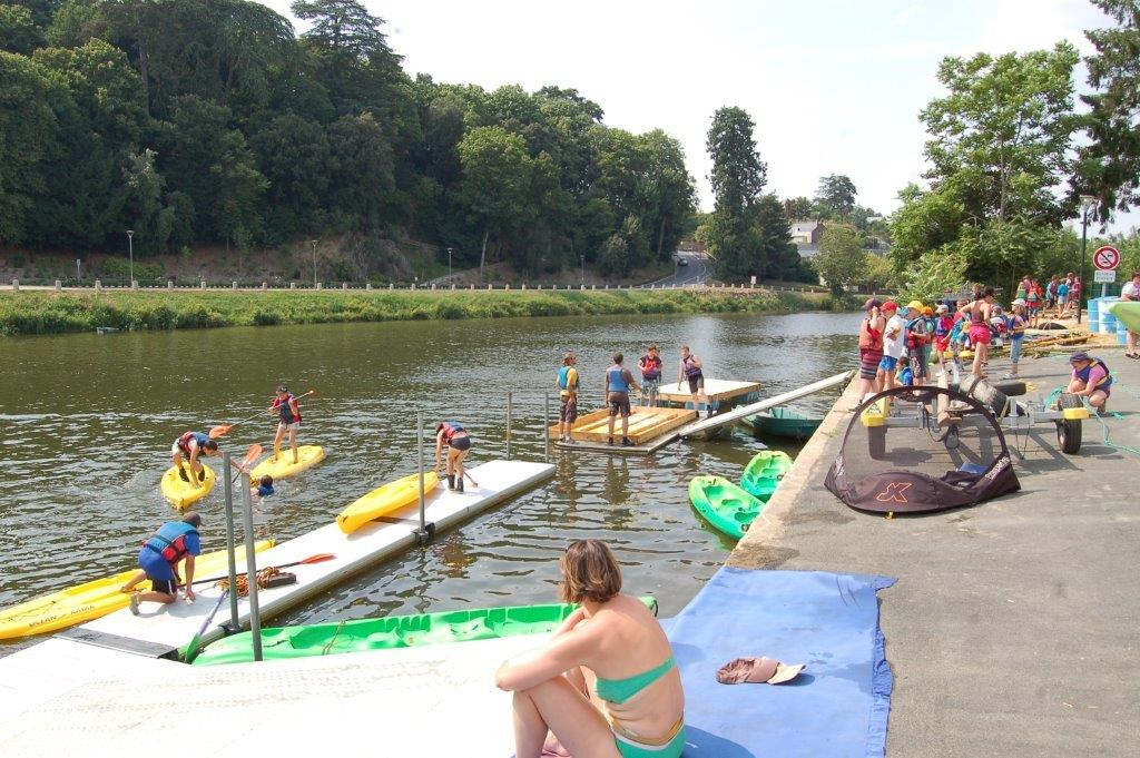 groupes kayak comme à la plage