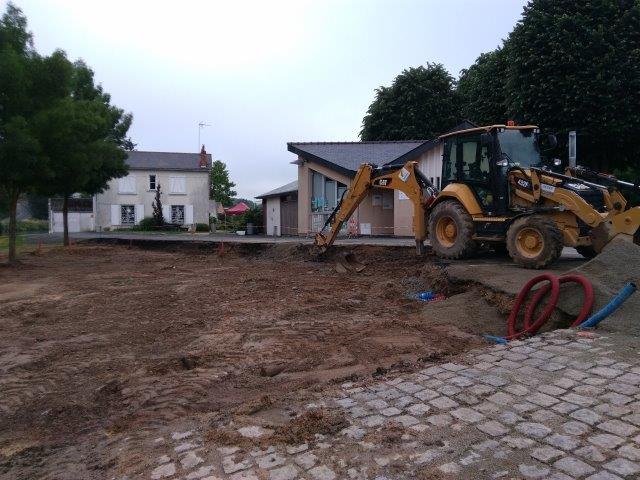juin 2016 - 6 - travaux aire de pique-nique Canotika