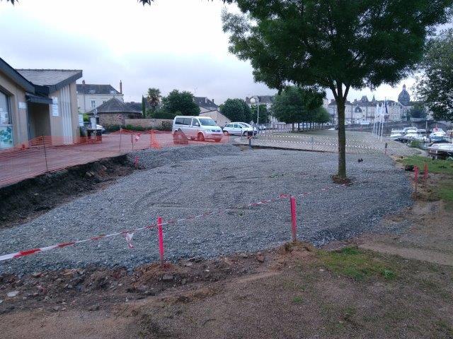 juin 2016 - 7 - travaux aire de pique-nique Canotika
