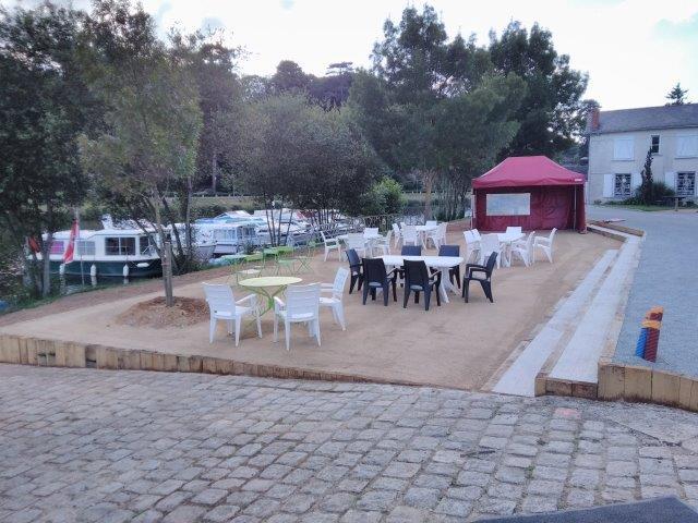 juin 2016 - 10 - travaux aire de pique-nique Canotika