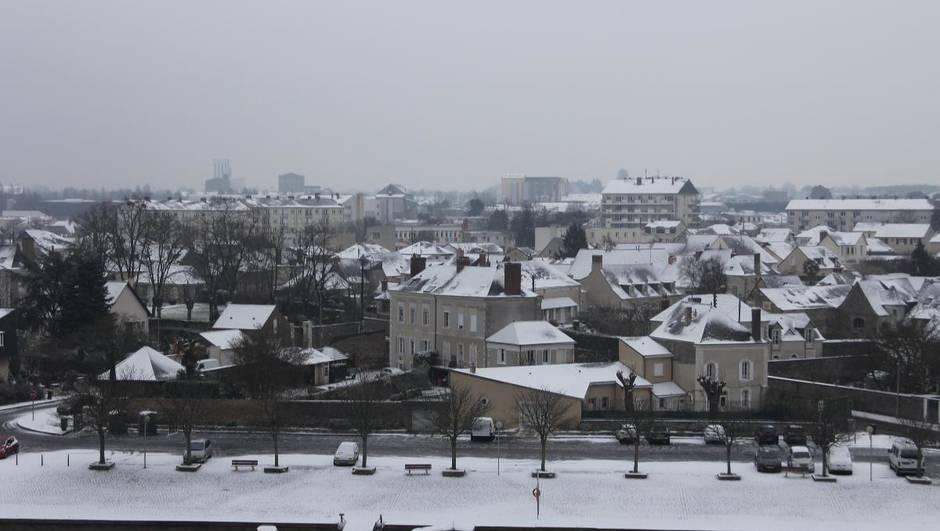 le port d eplaisance de Câteau-gontier sous la neige photo Ouest-France